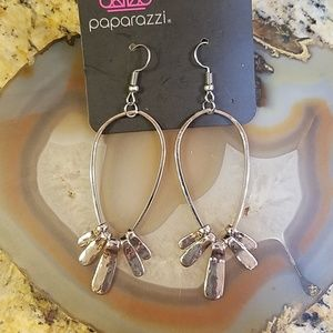 Paparazzi silver teardrop hamnered earrings NWT